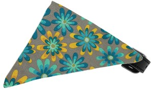 Grey Crazy Daisies Bandana Pet Collar Black Size 16